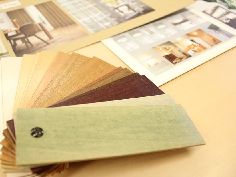 インテリアのカラーコーディネートで大事なのは、色や柄の組み合わせよりもトーンが大事。